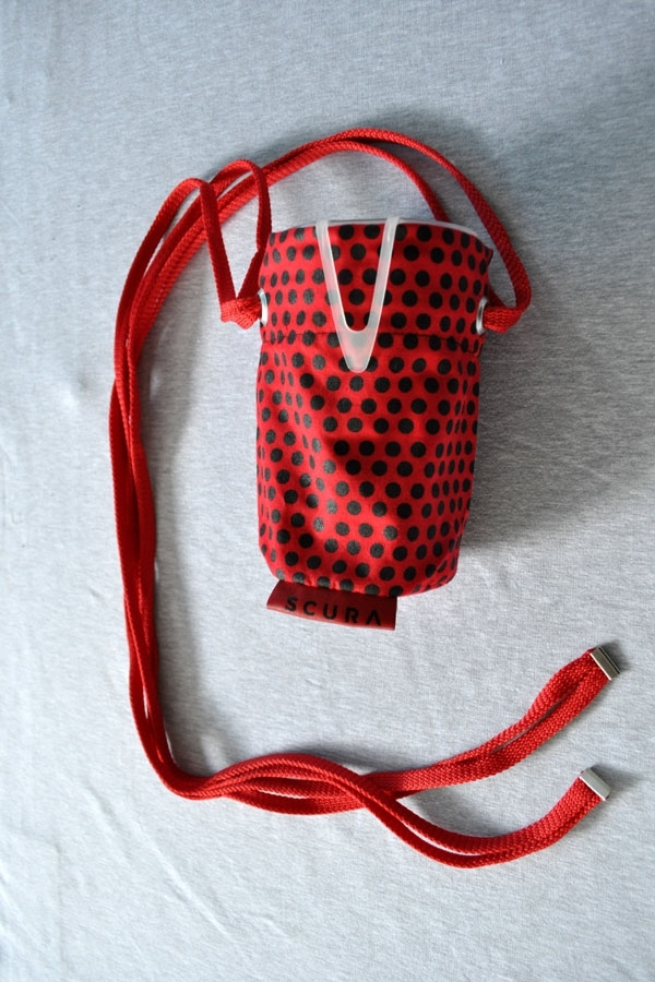 NickNack bagiX red/black dot